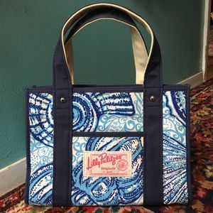 Lilly Pulitzer Originals Blue Shell Small Tote